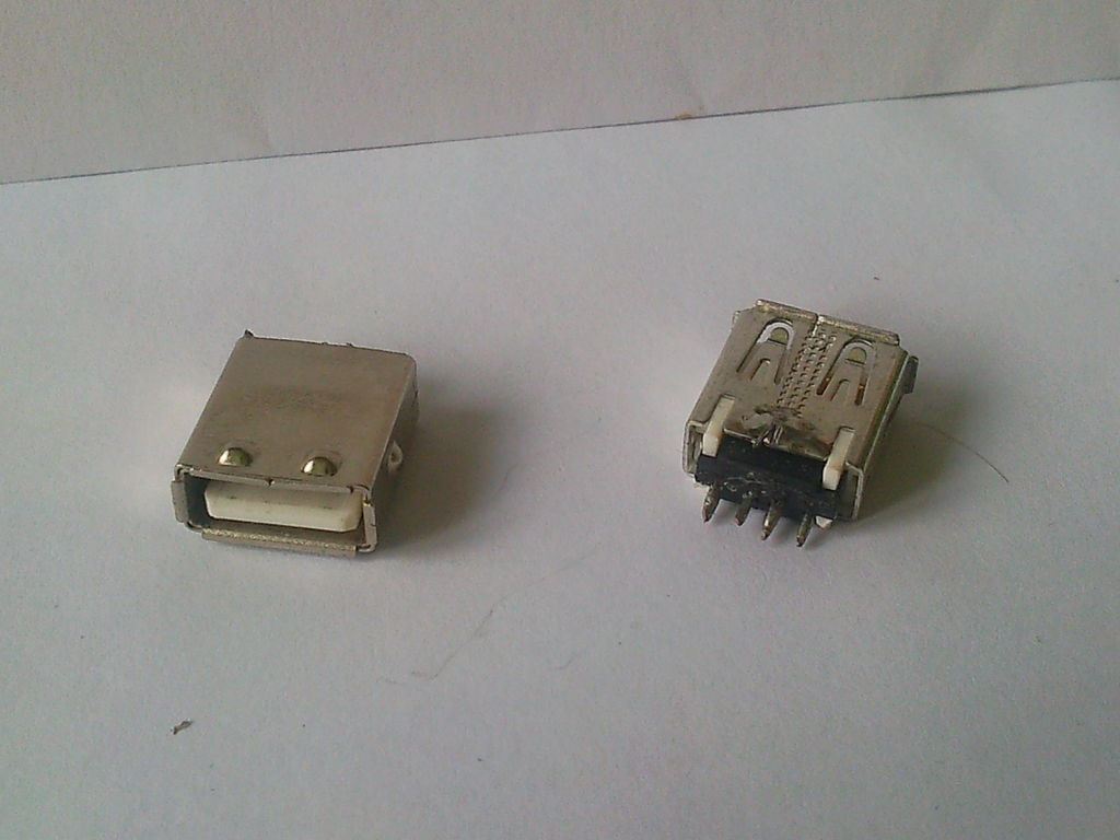Free Female Usb Connectors.: 4 Steps - Usb Female To Female Adapter Wiring Diagram